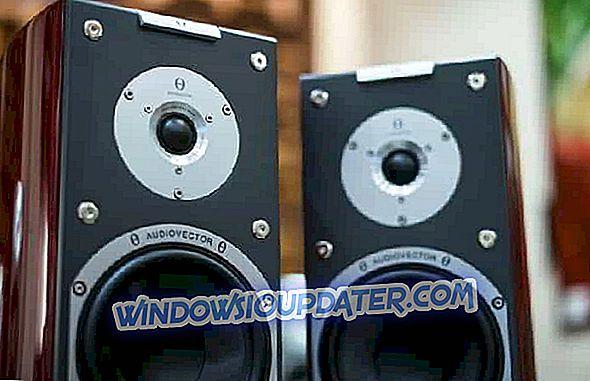 यह है कि आप विंडोज 10 में एक बार में दो उपकरणों पर ध्वनि कैसे चला सकते हैं